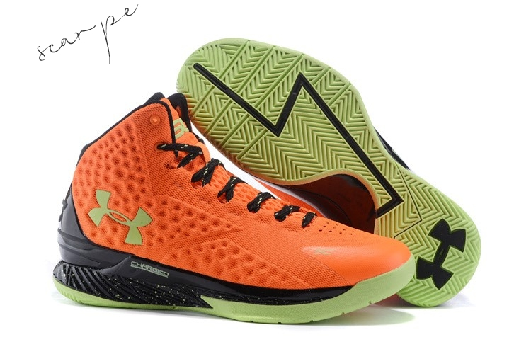 "Vendite Under Armour Curry 1 ""Bolt Orange"" Arancia Nero Scarpe Online"