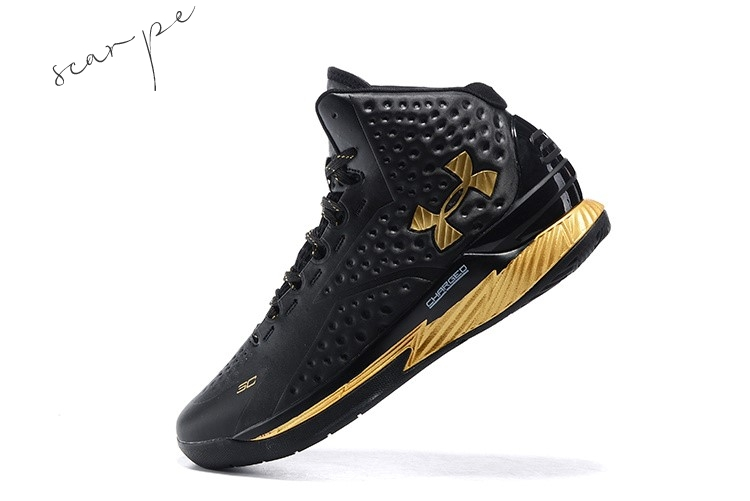 "Vendite Under Armour Curry 1 ""Mvp"" Nero Metallico Oro Scarpe Online"